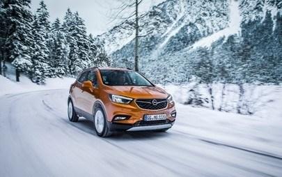 Opel ile Kışın Keyfini Çıkarın